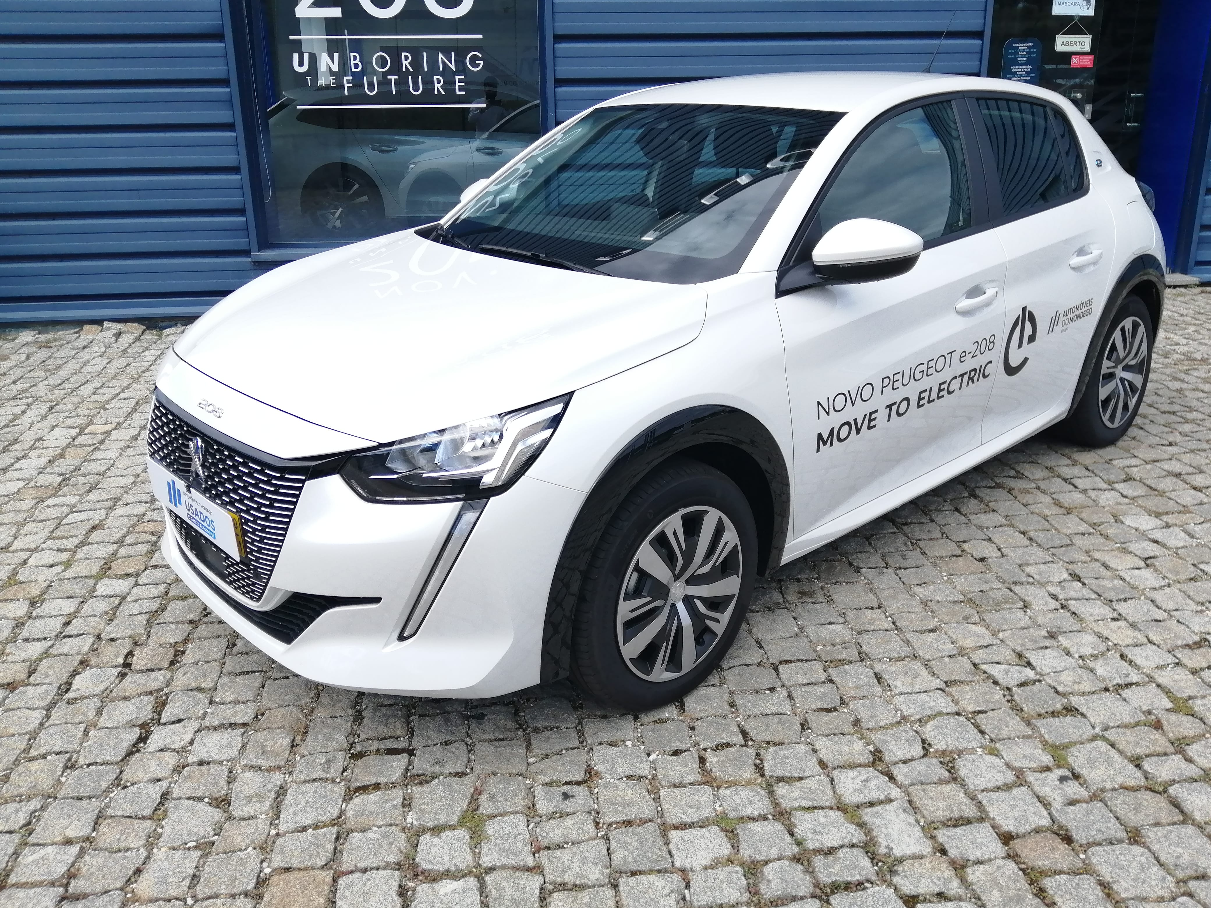 Novo 208 Active Elétrico 100 kW 5P AMB0